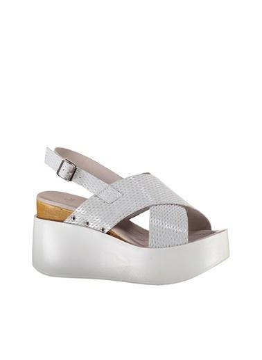 Platform Dolgu Topuk Ayakkabı Elle